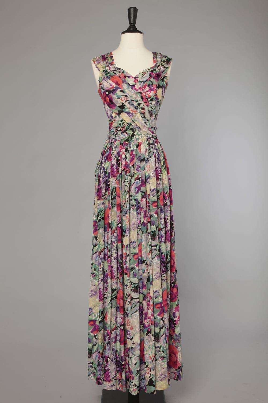 taille 40 37c60 6de2e Robe longue 1940 en soie imprimée