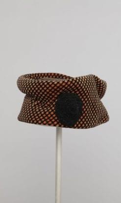 n1012_chapeau_velours_marron_noir_pic001