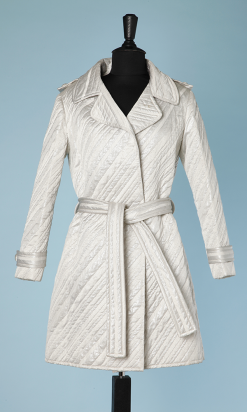 n7274_tailleur_mini_robe_manteau_satin_lame_blanc_argent__leonor_barral_paris_36_001