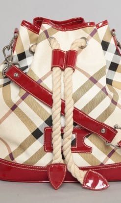 n1121_sac_burberry_carreaux_vinyle_rouge_pic001