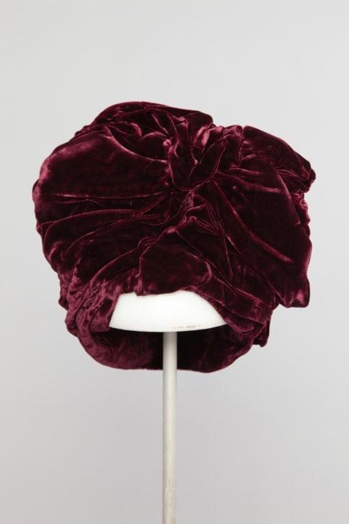 n1127_chapeau_turban_velour_soie_bordeau_1940_pic001