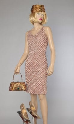 n1131_robe_laine_marron_tricotee_brodee_paillettes_parles_1960_tableau_pic001