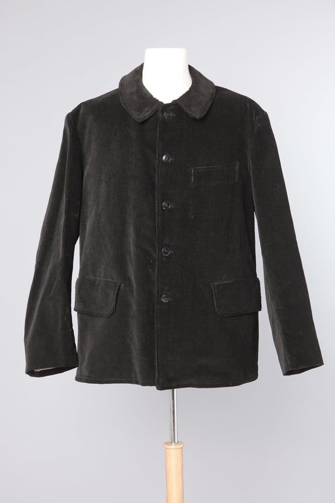 veste d 39 homme 1900 en velours pais c tel noire chez sarah. Black Bedroom Furniture Sets. Home Design Ideas