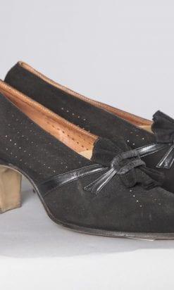 n2459_chaussures_en_daim_noir_pic001