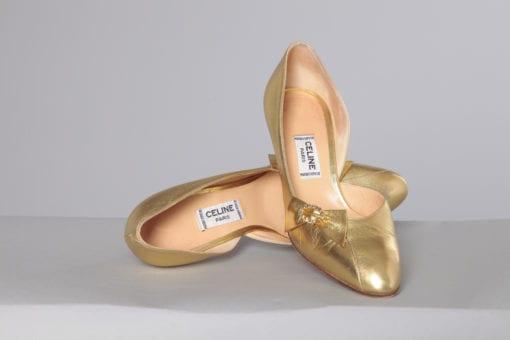 n2473_paire_de_chaussures_en_cuir_dorees_celine_taille37_pic001