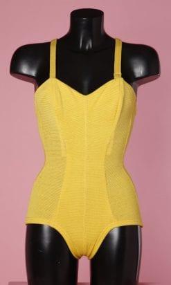n4835_maillot_de_bain_1_piece_lainage_jaune_1930_pic001