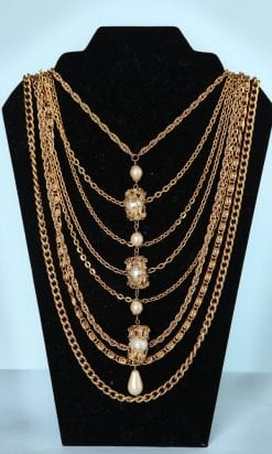 n5487_collier_chaines_differentes_mailles_perles_nacrees_pic001