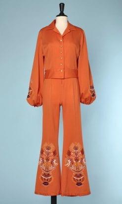 n6019_ensemble_combinaison_pantalon_blouson_polyamide_orange_brode_taille_36_38_pic001