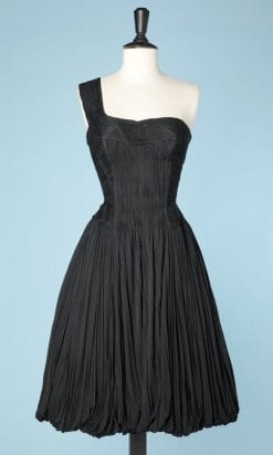n5060_robe_jersey_soie_plissee_carven_hiver_1957_pic006