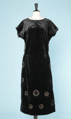 n6100_robe_velours_soie_noir_1920_brodee_motifs_or_taille_38_40_pic001