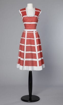 n34_robe_1950_rouge_et_blanche_pic001