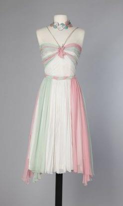 n36_robe_1960_en_mousseline_blanche_rose_et_verte_pic001