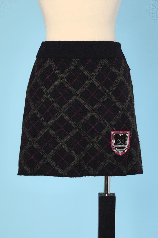 36c2ad836ac5b6 Mini jupe en lainage écossais Chanel