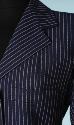 nA5229-Tailleur-1980-en-lainage-marine-à-rayures-grises-Lanvin-t36-38-01