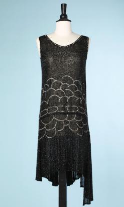 nA3882-Robe-1925-en-voile-de-coton-noir-perlée-noir-straassée-et-asymétrique-t-38-001.png