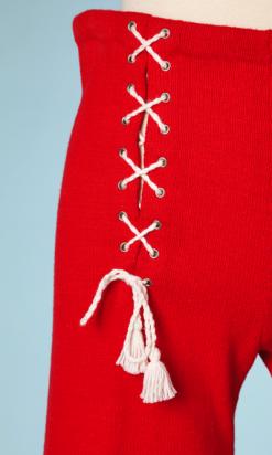 nA4085-Pantalon-1970-en-laine-rouge-croisillons-blancs-t38-001.png