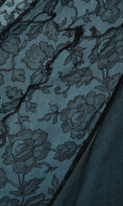 nA4702-Robe-longue-1930-en-mousseline-noire-et-dentelle-t38-40-01
