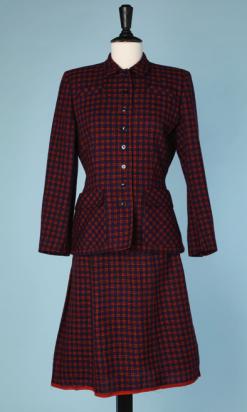nA4726-Tailleur-1940-en-lainage-à-carreaux-rouges-noirs-bleus-t36-01