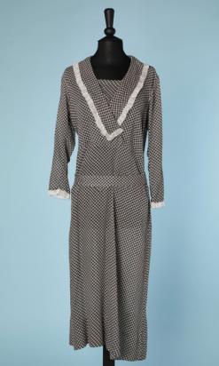 nA4745-Robe-de-jour-1920-en-coton-imprimé-de-dés-noirs-et-gris-t50