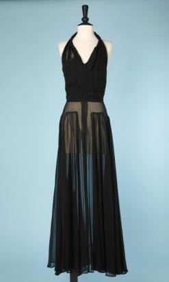 nA4754-Robe-longue-en-mousseline-noire-1930-plissée-poitrine-dos-nu-t36-01