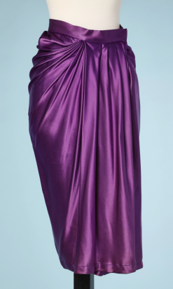 nA5139-Jupe-en-satin-de-soie-violet-plissé-YSL-t34-01