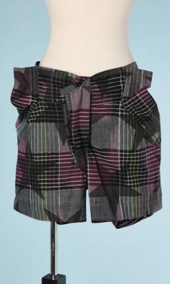 nA5211-Short-en-coton-à-carreaux-et-étoiles-gris-et-violet-Vivienne-Westwood-t46-01
