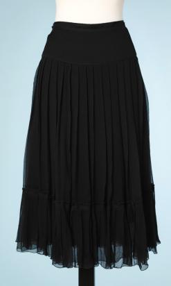 nA5212-Jupe-en-mousseline-noire-plissé-Prada-t44-01