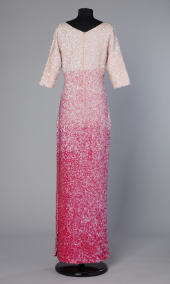 n55_robe_longue_paillettes_roses_degradees_1960_1970_pic001