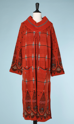 nA5155-robe-longue-en-tricot-brique-à-motifs-noirs-et-bleu-Bill-Gibb-t42