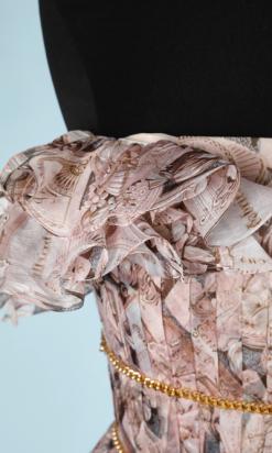 nA6105-Robe-chanel-bustier-en-mousseline-imprimée-à-chaines-dorées-t34-36-01