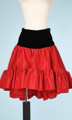 nA6148-Jupe-en-taffetas-rouge-et-velours-noir-YSL-t36-01