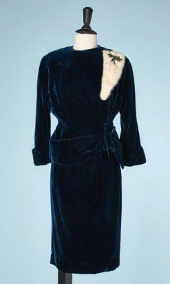 na5884-Tailleur-1950-en-velours-de-soie-bleu-canard-t36-01