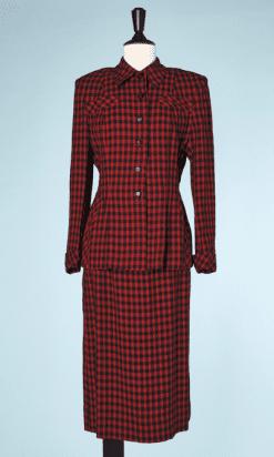na6471-Tailleur-1940-en-lainage-marine-et-rouge-carreaux-et-croix-t38-01