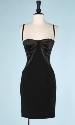 na6498-Robe-vintage-courte-à-bretelles-balconnet-en-satin-noir-Dolce-Gabbana-t34-01