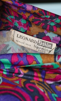 na6513-Robe-1970-en-jersey-de-soie-multicolore-Léonard-fashion-t36-01