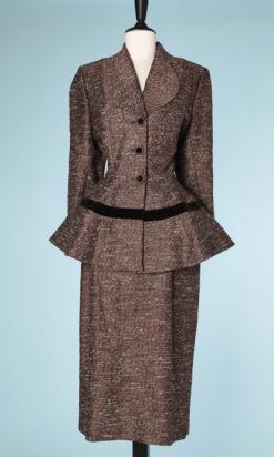na6517-Tailleur-1940-en-lainage-et-soie-tissé-chiné-marron-et-écru-Lilli-ann-t40-01