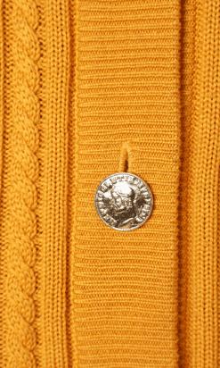 na-6530-Gilet-en-tricot-jaune-torsades-YSL-t38-01