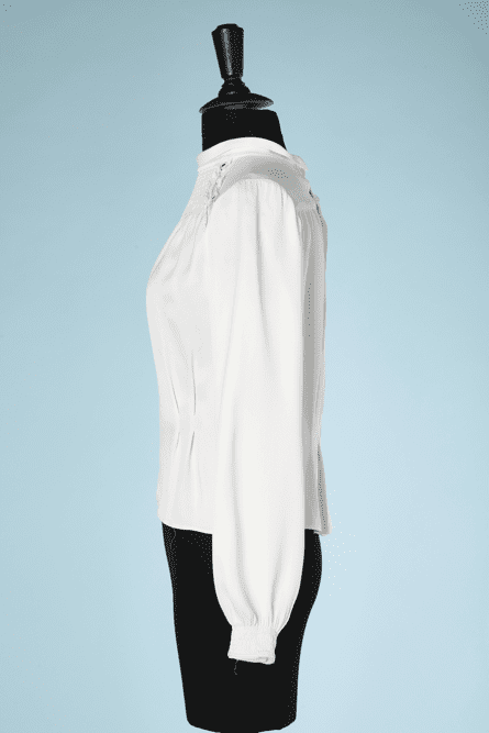 na7333-Chemisier-1930-en-satin-peau-dange-blanc-T3840-01