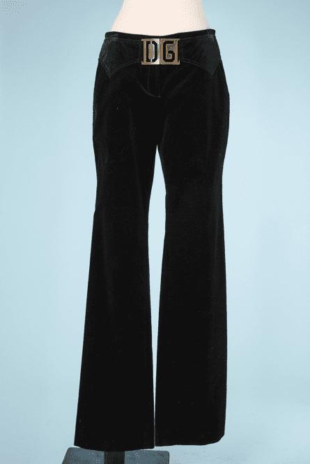 na7347-Pantalon-en-velour-cotelé-noir-Dolce-Gabanna-01.png