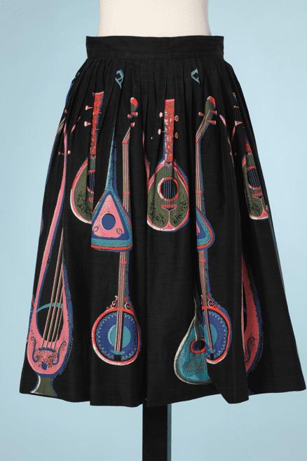 na6688-jupe-1950-en-coton-noir-imprimé-de-guitares-t34-01