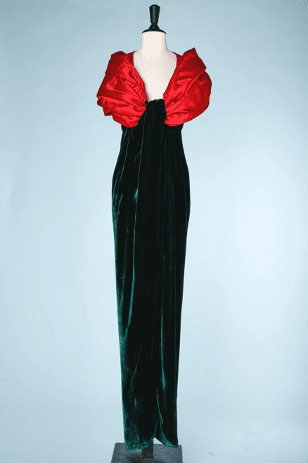 na6706-Robe-longue-du-soir-1990-en-velours-vert-et-lnarge-col-rouge-défilé-Leconanet-hémnant-t36-01
