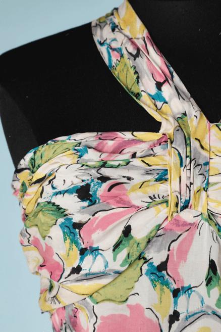 na6727-Robe-longue-1930-bustier-plissé-1-bretelle-en-travers-imprimé-fleurs-et-feuilles-t34-36-01