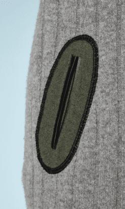 nA8051-Robe-Pull-en-lainage-gris-noir-poches-kaki-Louis-Vuitton-t40-42-01